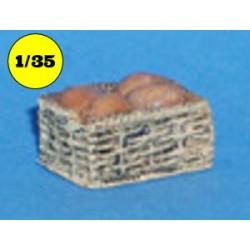 rieten mand met brood