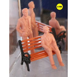 figurines civilian