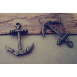 Anchor brass 19 x 26 mm